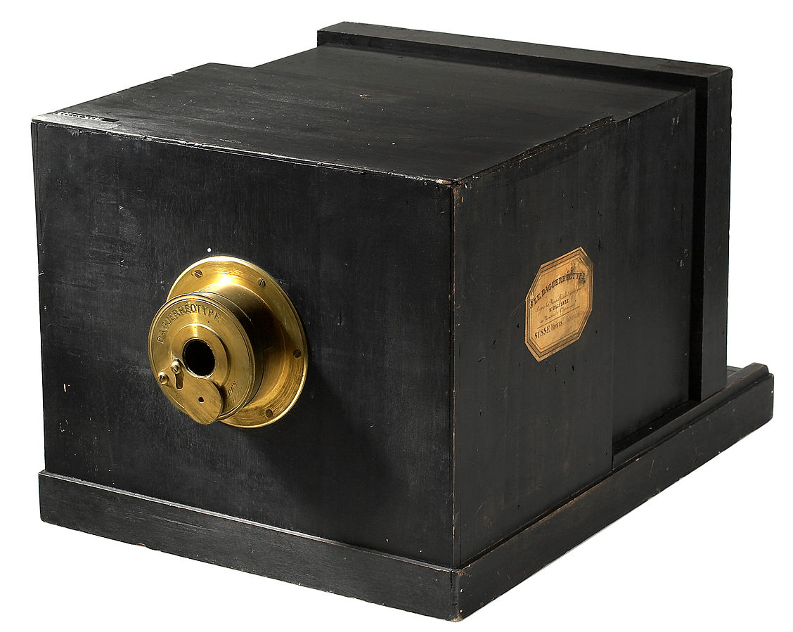 george eastman the invention of the kodak hand held camera